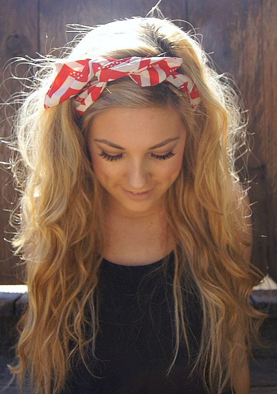 Lovely-Headband-Hairstyle-for-Young-Women.jpg